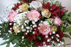 Живые цветы в красивых сумочках - прекрасная альтернатива традиционным букетам!